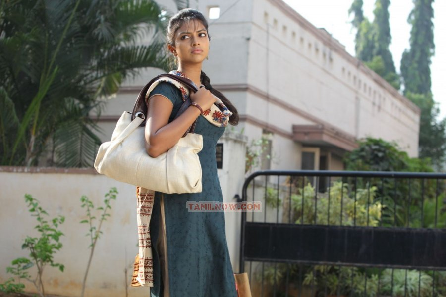 Tamil Actress Amala Paul 61
