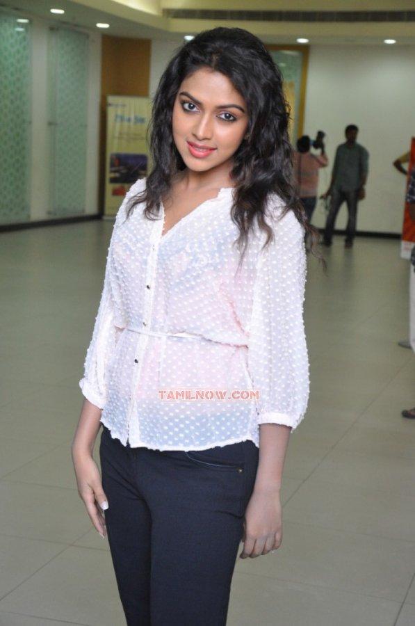Tamil Actress Amala Paul Photos 8123