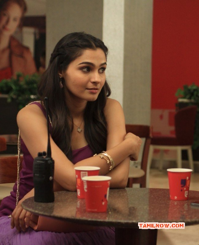 South Actress Andrea Jeremiah Latest Picture 9123
