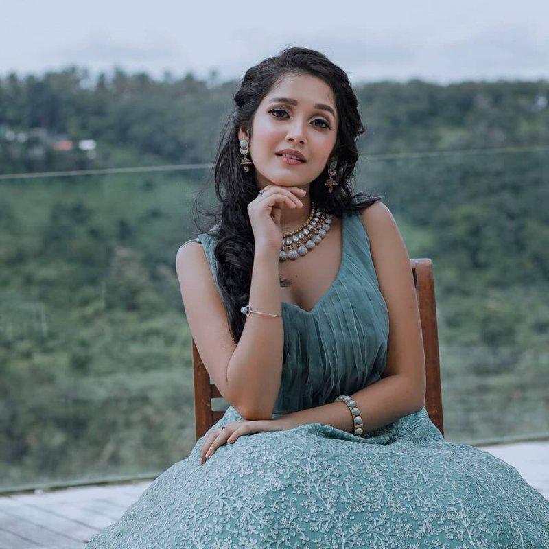 Anikha Surendran Indian Actress Jul 2020 Still 4151