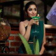 Tamil Heroine Anikha Surendran Recent Albums 2886