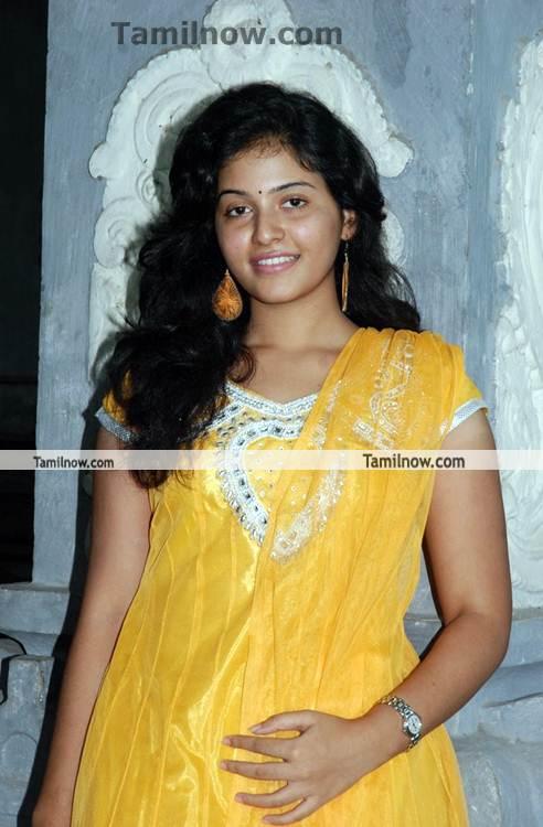 actress anjali latest picture 2   tamil actress anjali photos