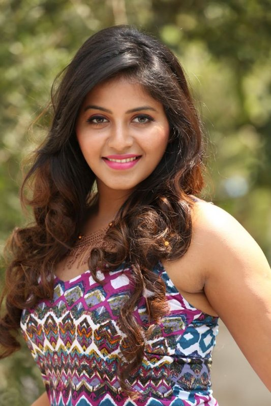 Anjali Indian Actress New Photos 4537