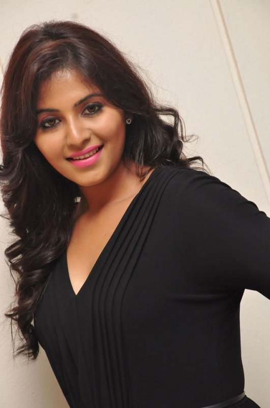 Picture Heroine Anjali 3409