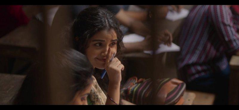 Actress Anupama 2020 Wallpapers 2978