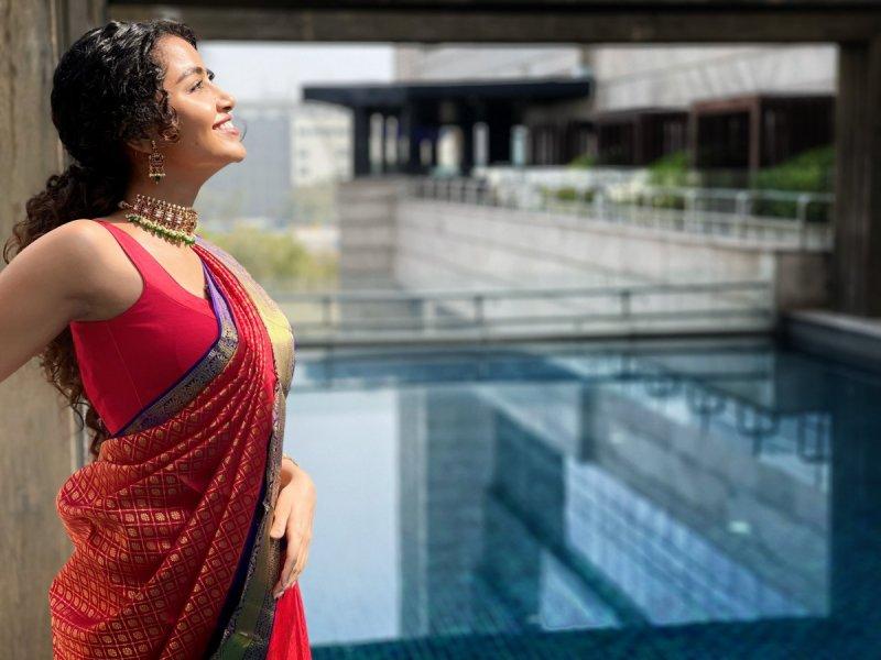 New Wallpapers South Actress Anupama 8774