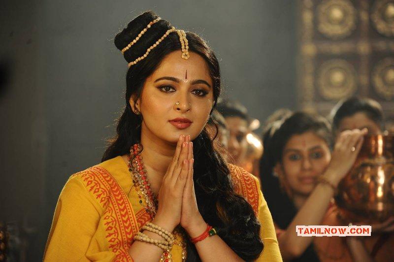 Anushka Shetty Cinema Actress Wallpaper 2697