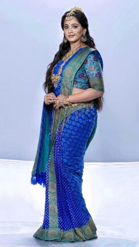 Tamil Heroine Anushka Shetty May 2020 Wallpaper 4738