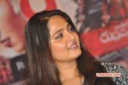 Latest Wallpaper Movie Actress Anushka 4337