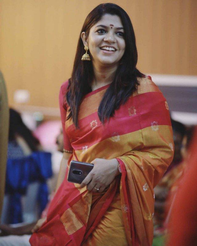 Aparna Balamurali South Actress 2020 Wallpapers 9253