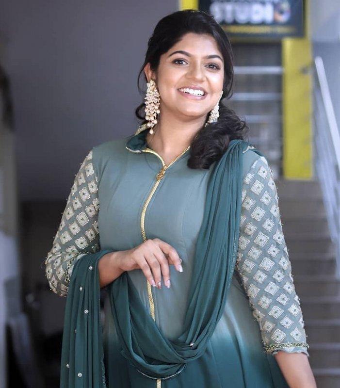 Apr 2020 Photos South Actress Aparna Balamurali 2051