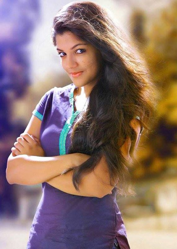 Latest Wallpapers Aparna Balamurali Tamil Heroine 8749