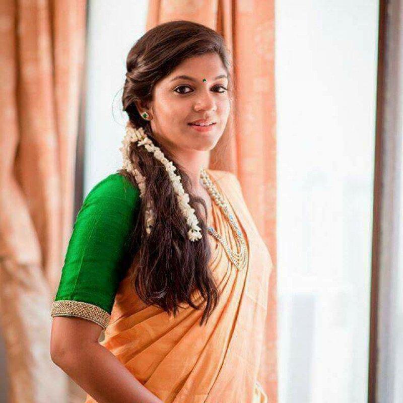 Tamil Heroine Aparna Balamurali Apr 2020 Images 8050