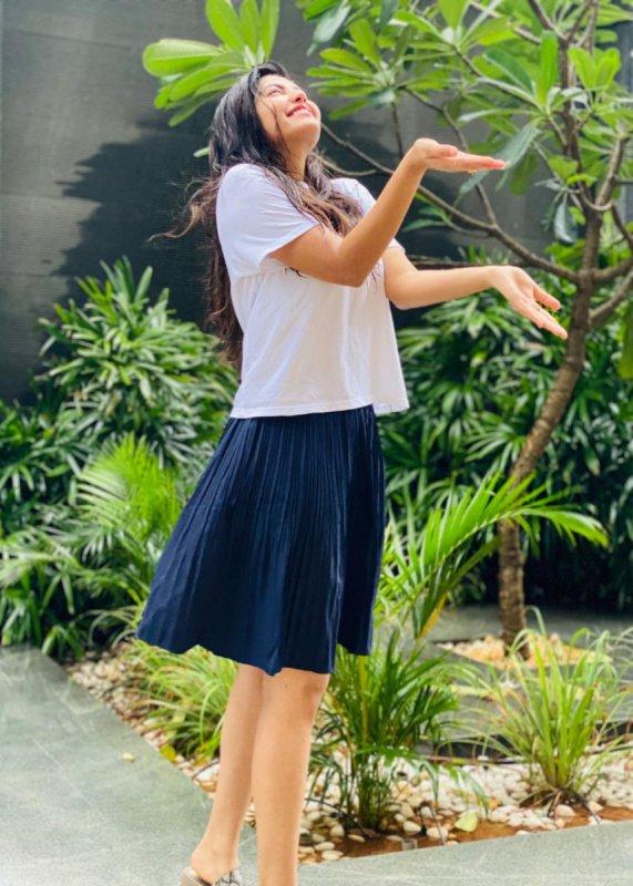 2020 Wallpapers Athulya Ravi Movie Actress 2810