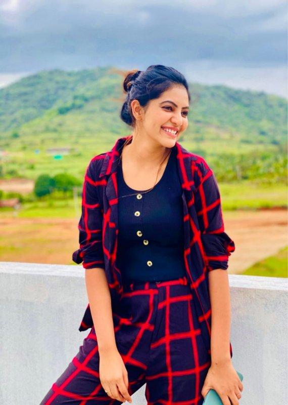 Athulya Ravi Indian Actress 2020 Pictures 5842