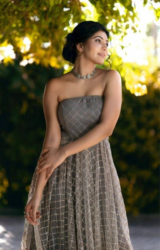 Athulya Ravi South Actress New Gallery 66