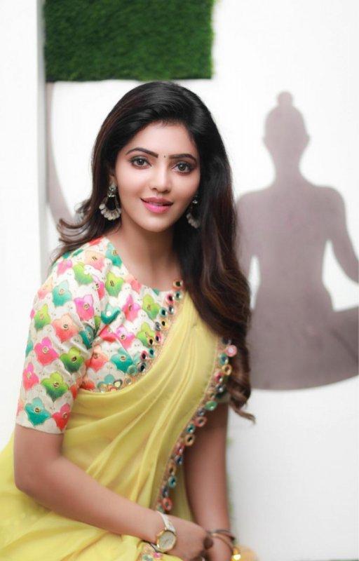 Athulya Ravi Tamil Heroine Latest Pictures 6709