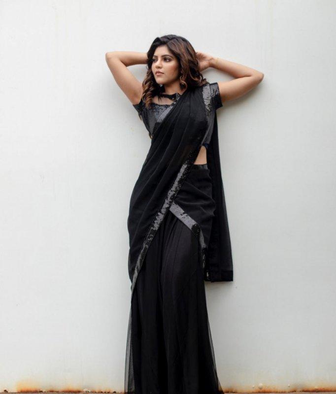 Athulya Ravi Tamil Movie Actress 2021 Images 2620