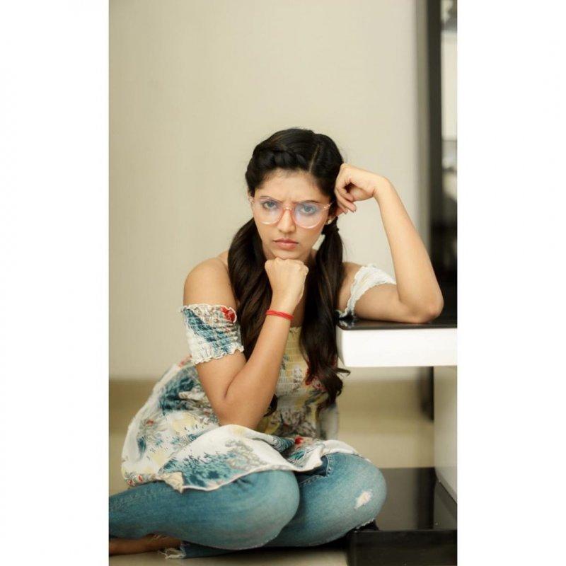 Aug 2019 Wallpapers Athulya Ravi Tamil Actress 3497