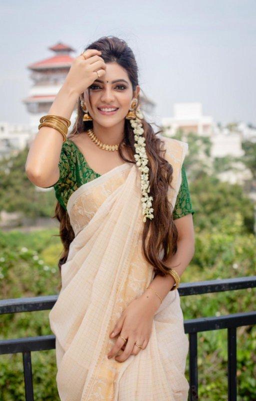 Latest Gallery Athulya Ravi Tamil Heroine 7900