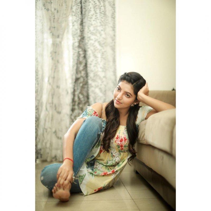 Movie Actress Athulya Ravi New Stills 6873
