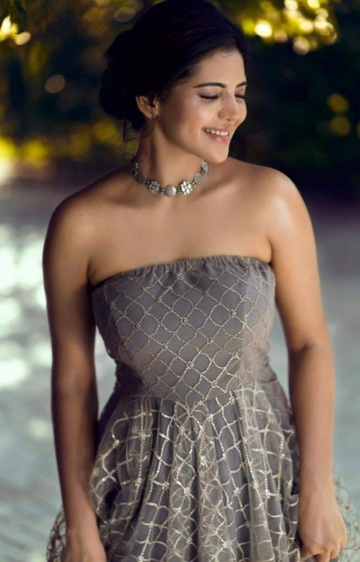 South Actress Athulya Ravi 2020 Photo 5289