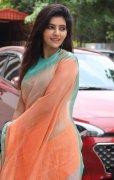 South Actress Athulya Ravi Wallpaper 6045