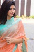 Tamil Heroine Athulya Ravi Sep 2020 Pics 5050