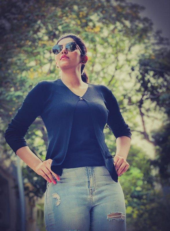 Tamil Movie Actress Athulya Ravi 2020 Pictures 3212