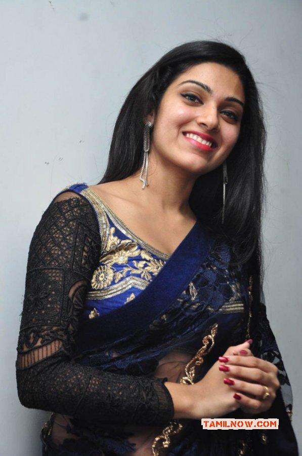 Actress Avantika Mohan Recent Stills 700