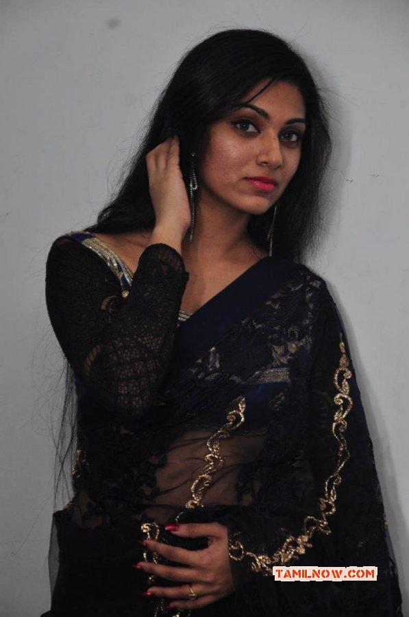Avantika Mohan Image 486