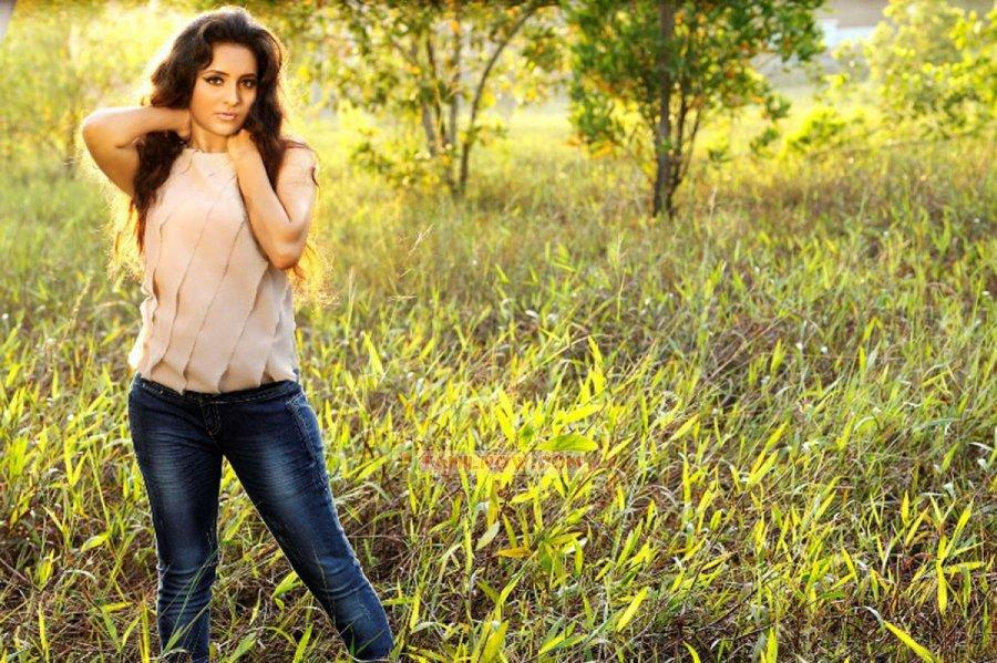 Tamil Actress Bhama 227