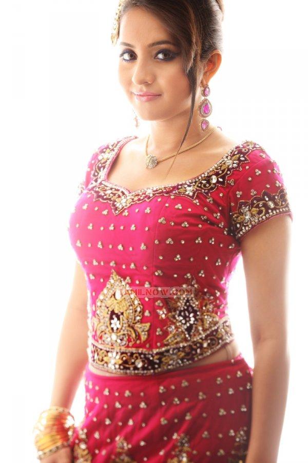 Tamil Actress Bhama 8193