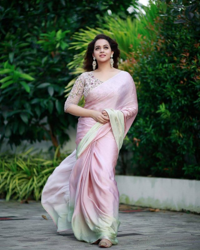 Indian Actress Bhavana 2020 Album 8417