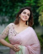 Pic Bhavana 4916