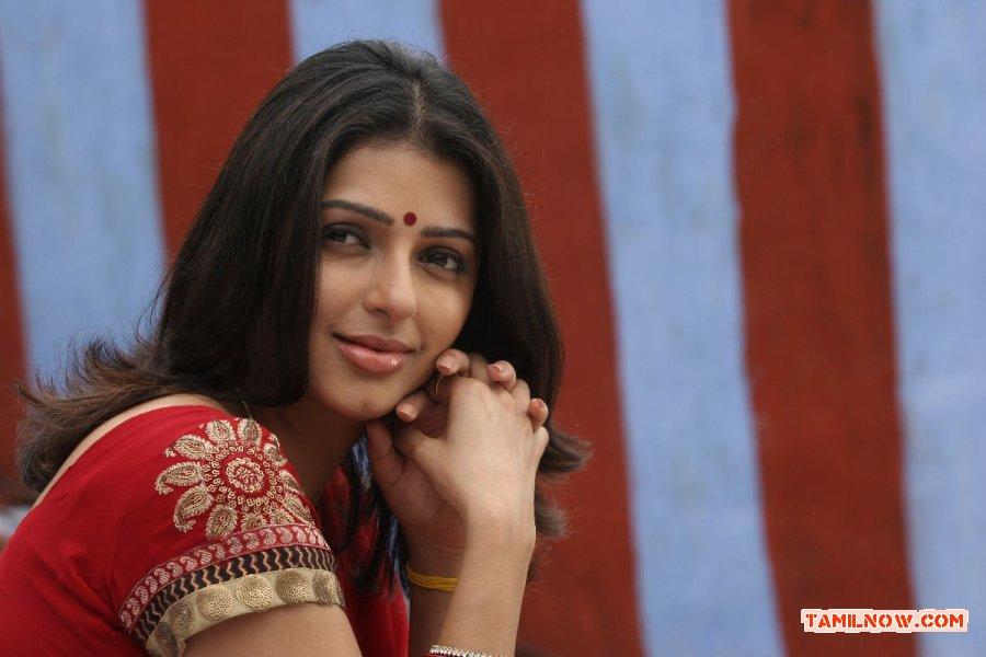 Actress Bhumika Chawla 8678
