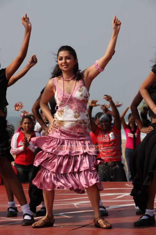 Actress Bhumika Chawla Pics 7
