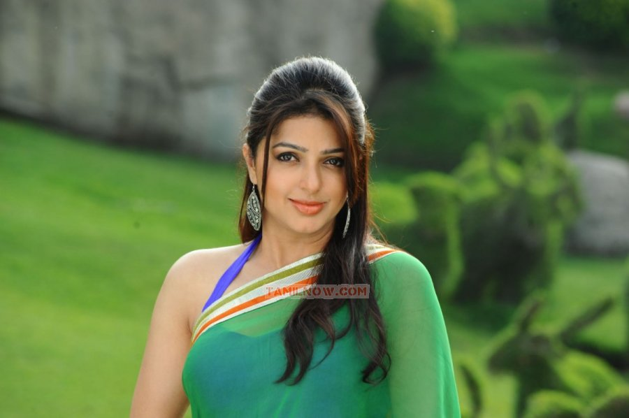 Bhumika Chawla 3784
