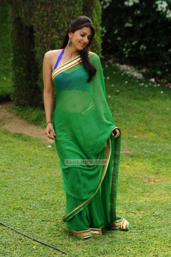Bhumika Chawla 7076