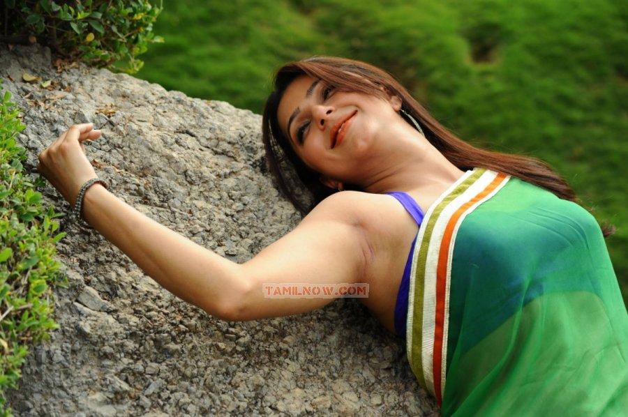 Bhumika Chawla 9857