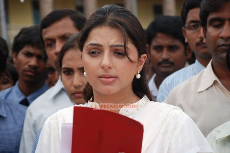 Bhumika Chawla Pic 442