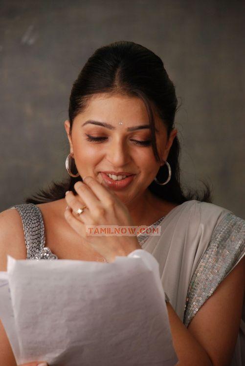 Bhumika Chawla Picture 131