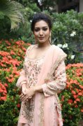 Latest Pictures Heroine Catherine Tresa 9551