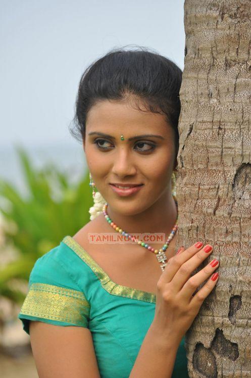 Picture 137078 | Vachathi Movie Actress Darshana Hot
