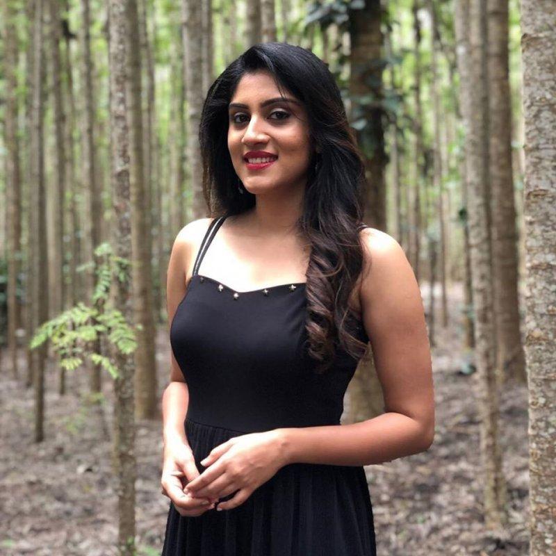 Dhanya Balakrishna Film Actress 2020 Wallpaper 3975