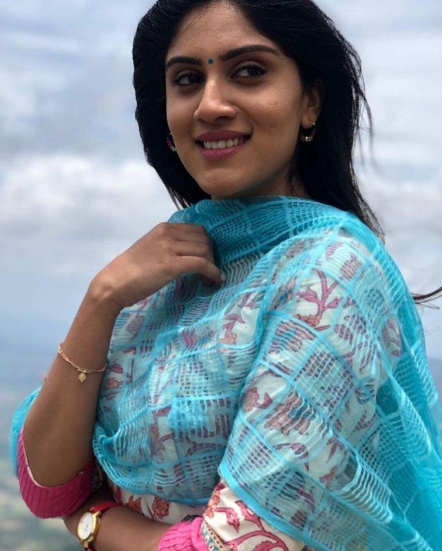 Recent Pic Tamil Actress Dhanya Balakrishna 824