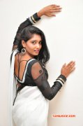 Eesha Cinema Actress New Stills 4371