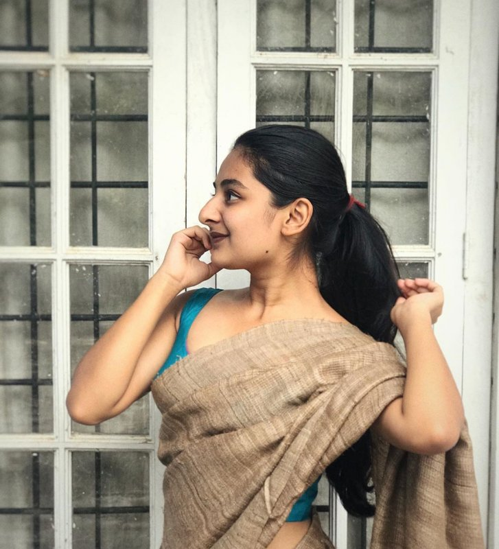 Tamil Actress Esther Anil 2020 Gallery 3373