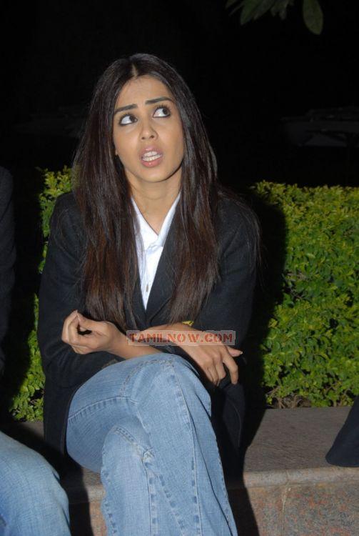 Actress Genelia Dsouza 8777