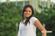 South Actress Haripriya New Wallpapers 6386